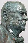 Winston Churchill, Portrait Sculpture, Bronze, National D-Day Memorial, Bedford, Virginia, Richard Pumphrey